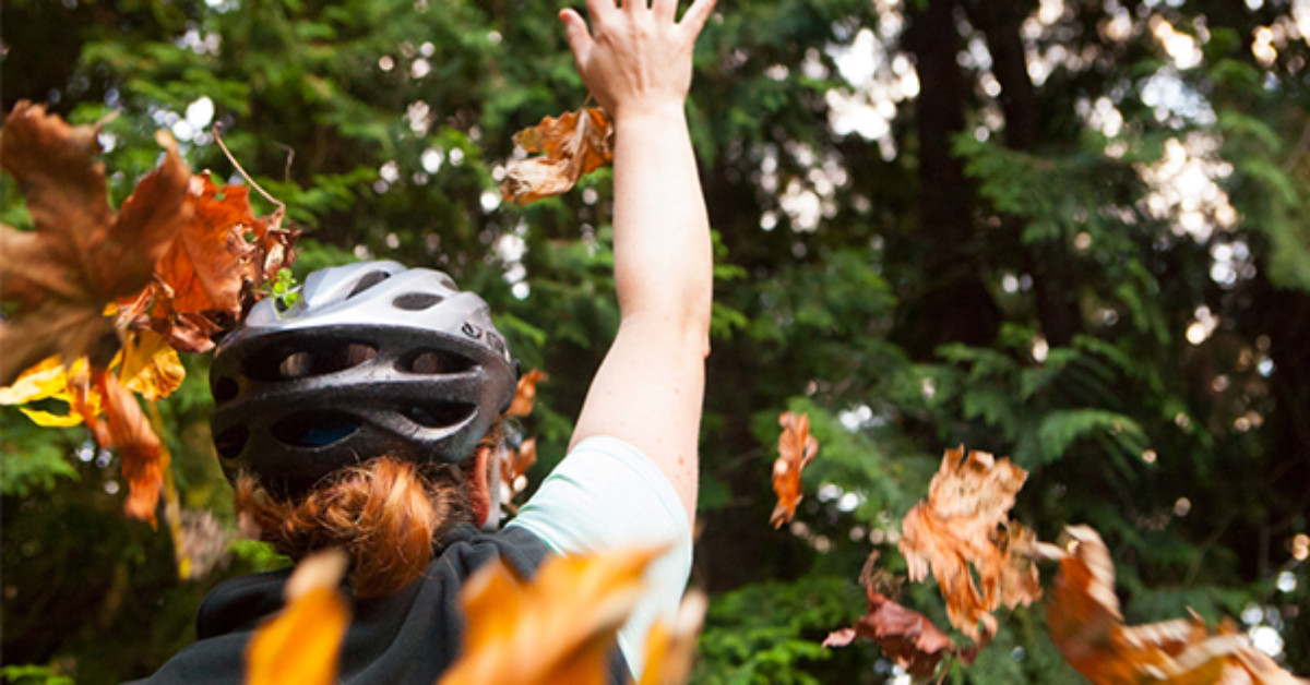 Fall Foliage Road Biking: 5 Must See Northwest Rides-fall road biking routes